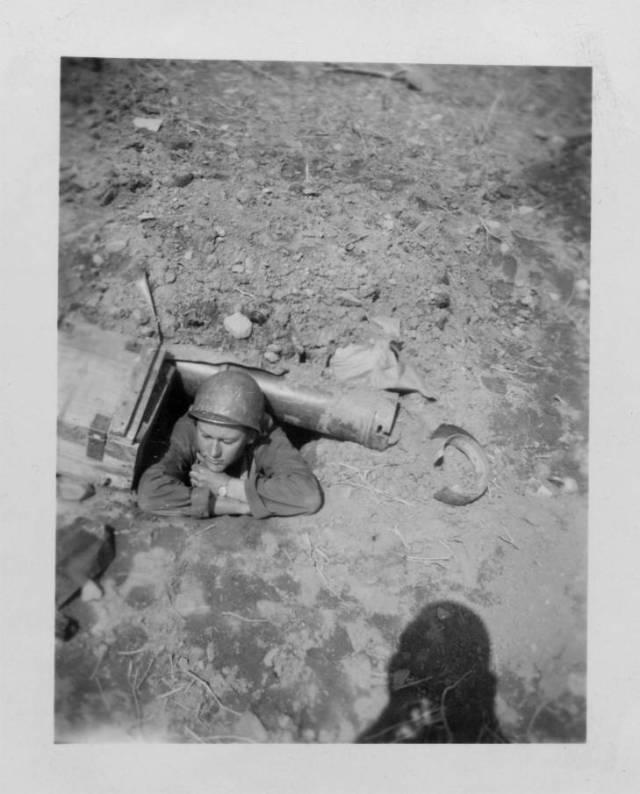 GatliffGeorge 1st foxhole BC KWP 31_0207 1951